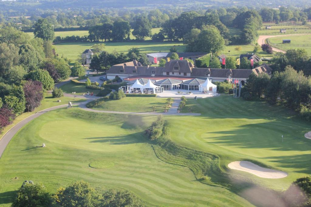 Hotel Amiraute Golf And Spa In Deauville