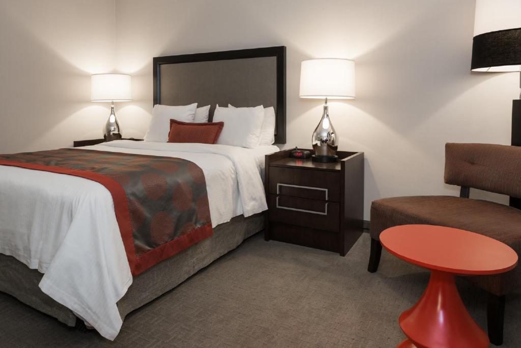 ramada by wyndham boston boston viamichelin. Black Bedroom Furniture Sets. Home Design Ideas