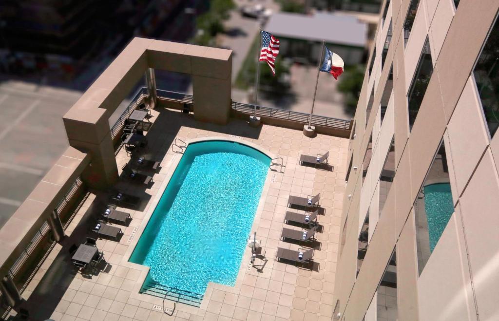 Homewood Suites by Hilton Houston Downtown Photo #1
