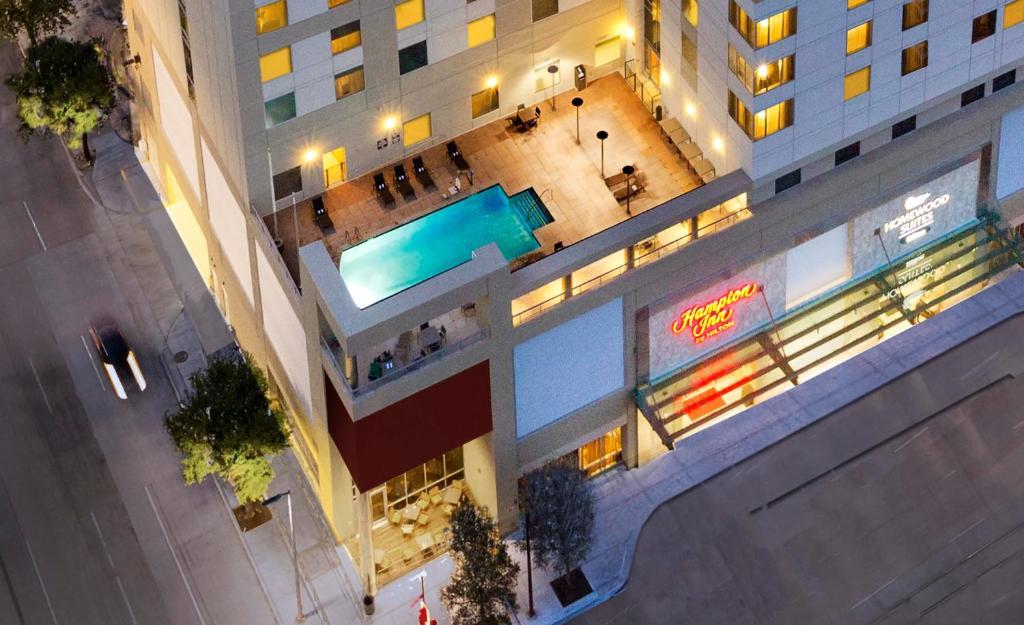 Homewood Suites by Hilton Houston Downtown Photo #2