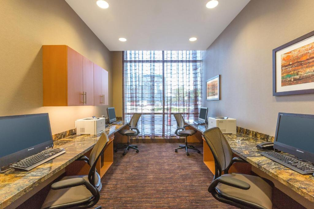 Homewood Suites by Hilton Houston Downtown Photo #10