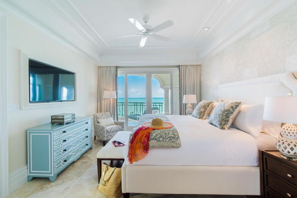 Three-Bedroom Oceanfront Suite