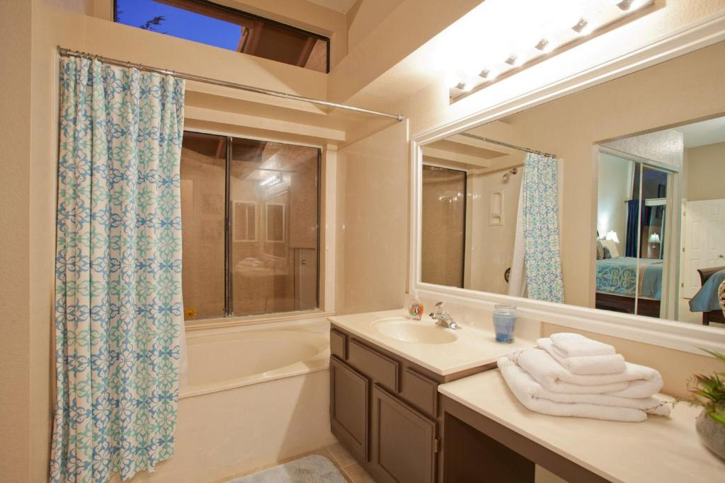 See all 24 photos Desert Rose 2BR/2BA