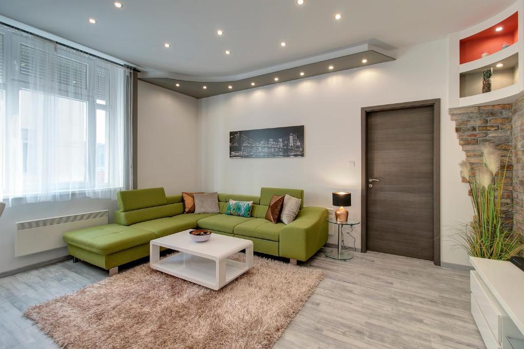 Tamara Apartment