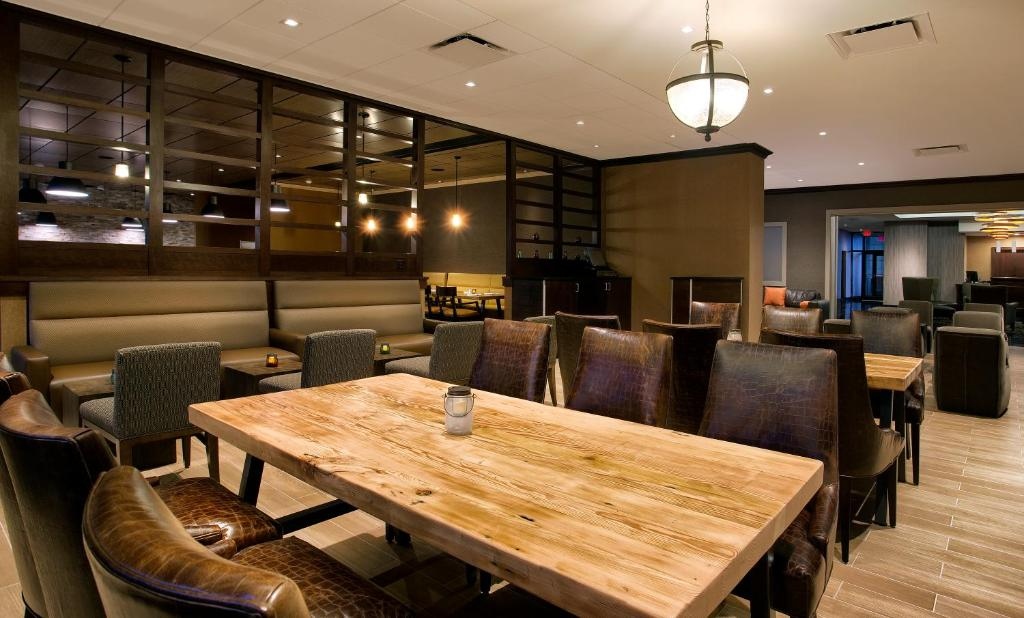 DoubleTree by Hilton Hotel & Suites Jersey City Photo #40