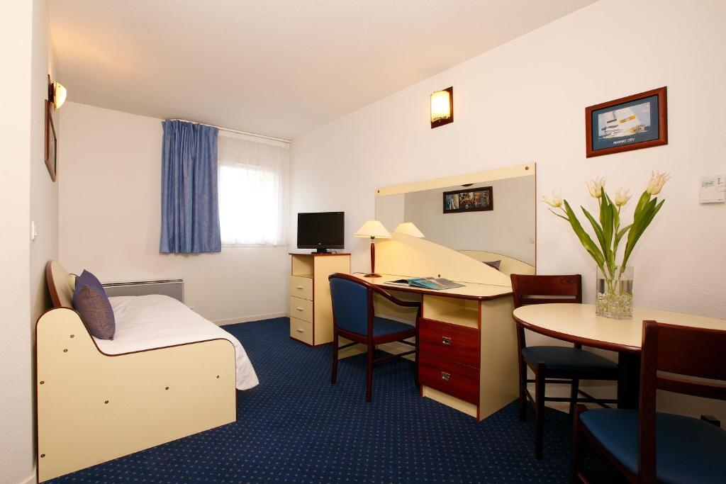Appart 39 city clermont ferrand centre r servation gratuite for Appart hotel 4 personnes