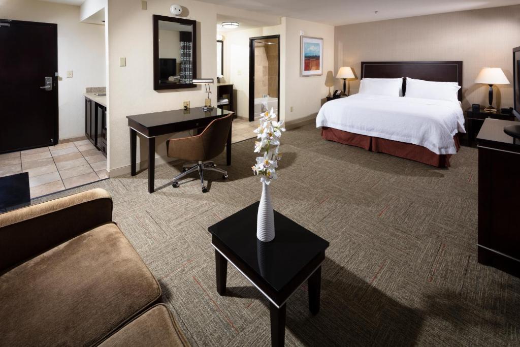Hampton Inn Accommodations
