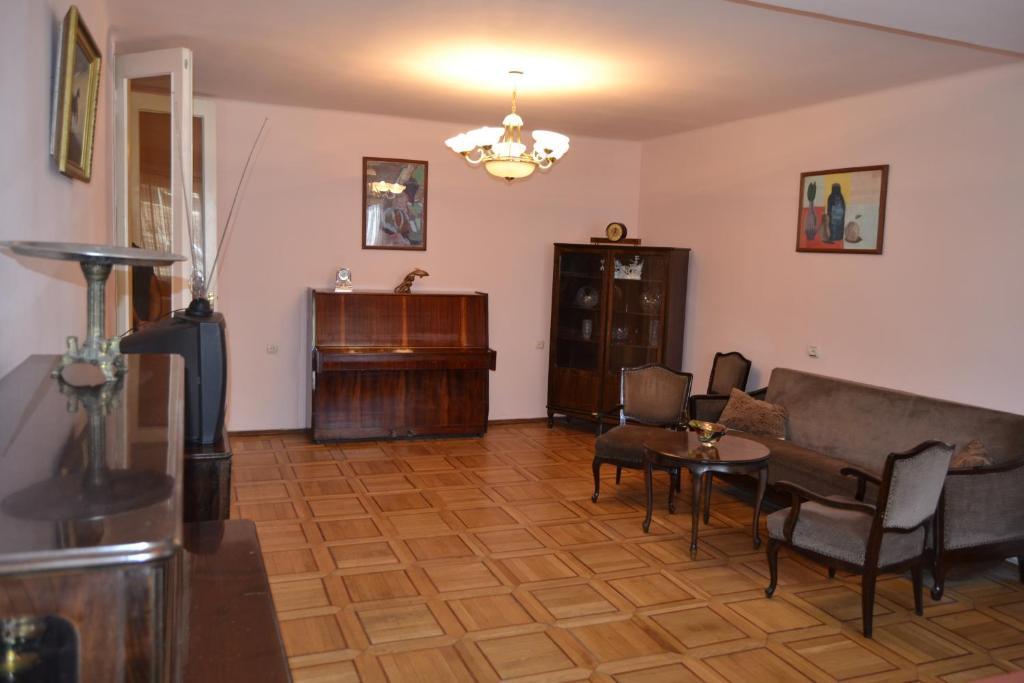 Apartments on Sarmen