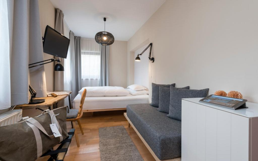Standard Single Room Hotel Pacher