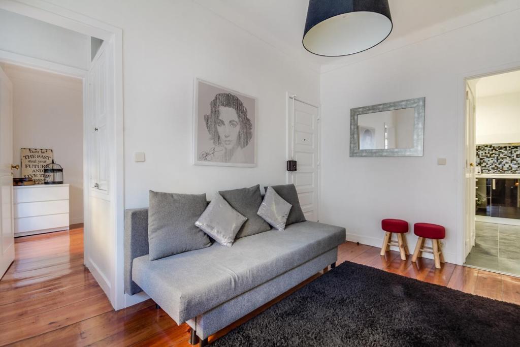 Visit Lisbon 4fun - Anjos Apartment