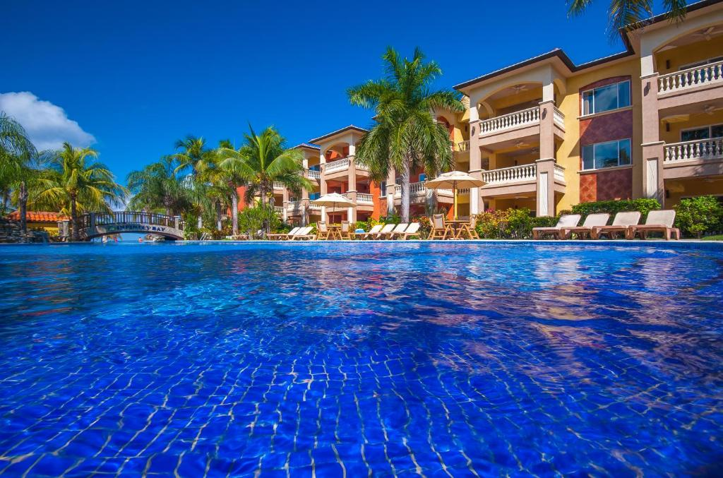 Infinity Bay Spa And Beach Resort Roatan