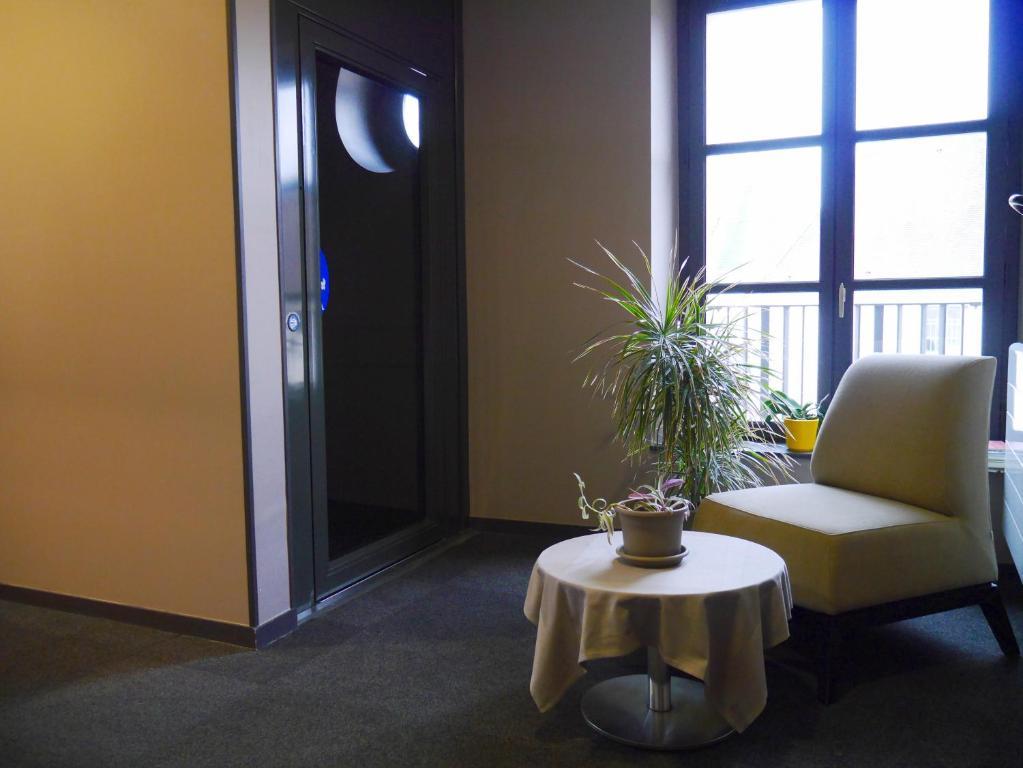 auberge du ch teau bleu r servation gratuite sur viamichelin. Black Bedroom Furniture Sets. Home Design Ideas