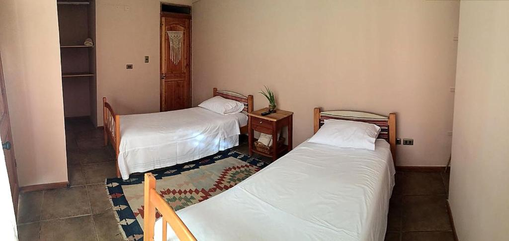 Twin Room Hostal Kenti