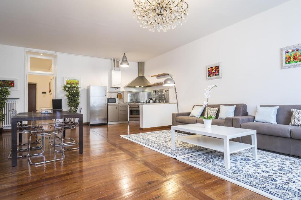 Hemeras Boutique Homes - super central design apartments