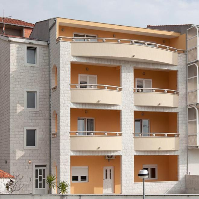 Apartments Villa Vujcic