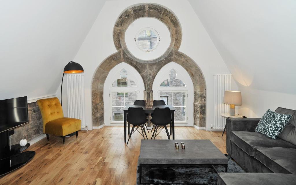 Linton Collection - Blackfriars Lofts