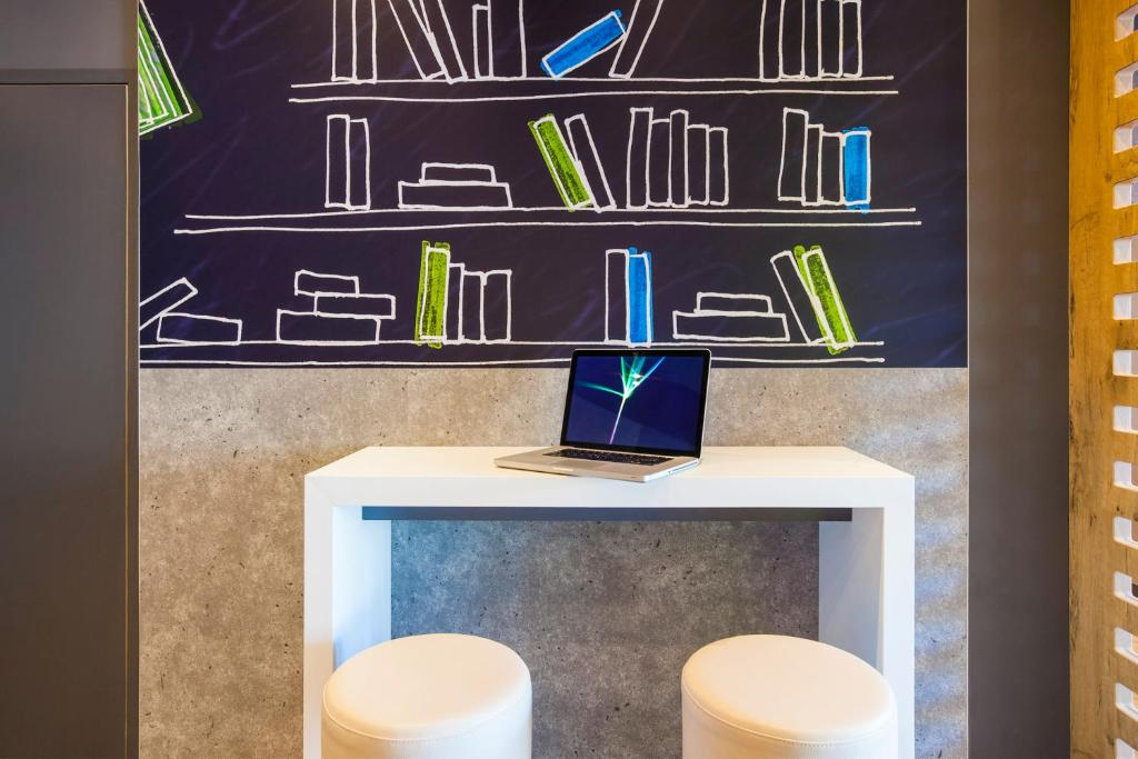 ibis budget mulhouse centre gare r servation gratuite. Black Bedroom Furniture Sets. Home Design Ideas