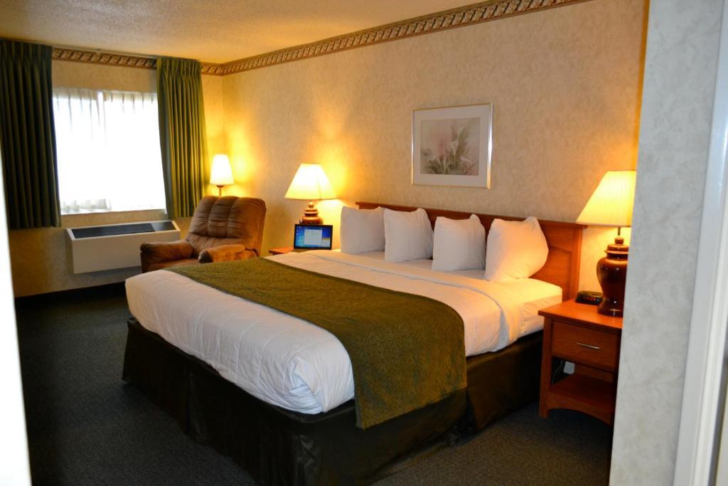 Hotels On El Camino Real Santa Clara Ca