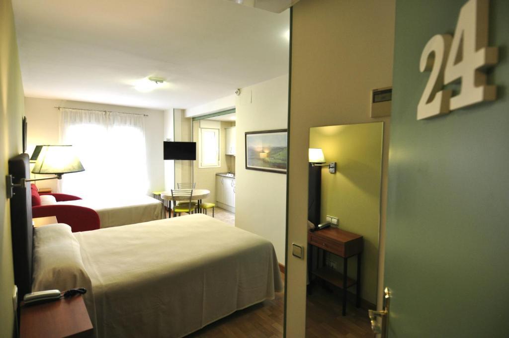 Hotel apartamentos aralso segovia informationen und buchungen online viamichelin - Apartamentos aralso segovia ...