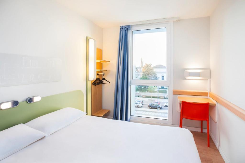 ibis budget mulhouse centre gare viamichelin hotel. Black Bedroom Furniture Sets. Home Design Ideas