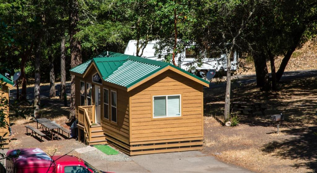 Russian River Camping Resort Cottage 9 Cloverdale Ca