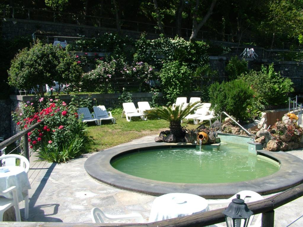 Hotel giardino delle ninfe e la fenice ischia viamichelin informatie en online reserveren - Giardino delle ninfe ischia ...