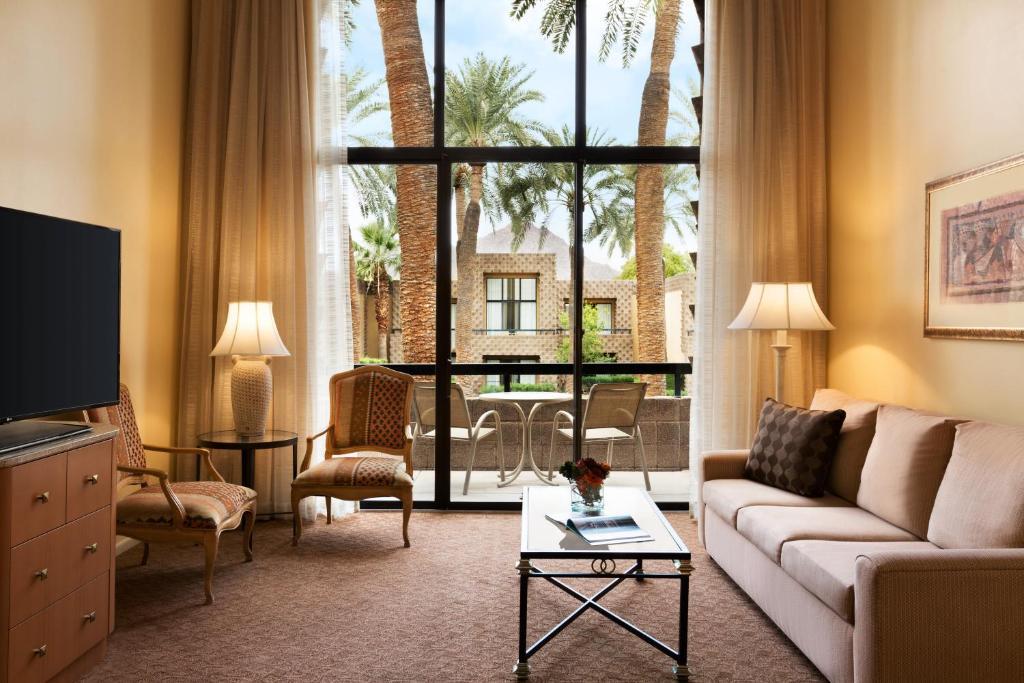 Hilton Hotel On Scottsdale Road