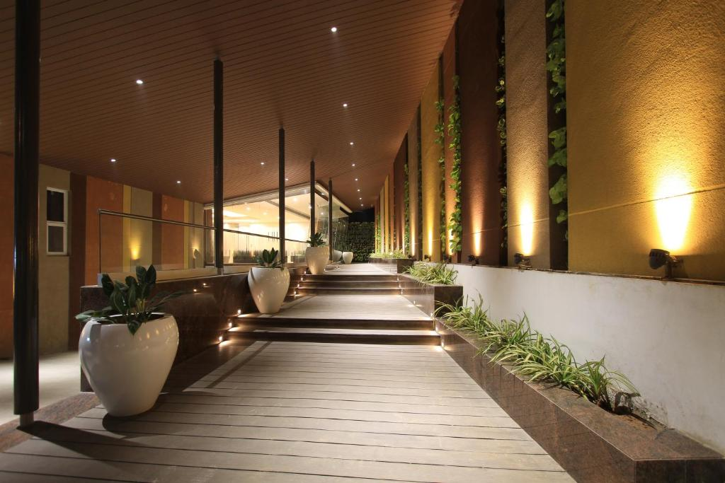Icon Business Hotel by Bhagini