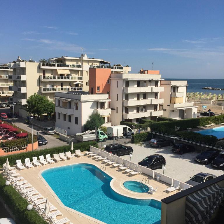 Hotel Serena Viserbella Di Rimini