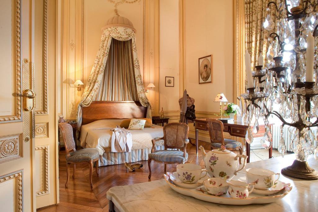 Chateau Maulevrier Restaurant