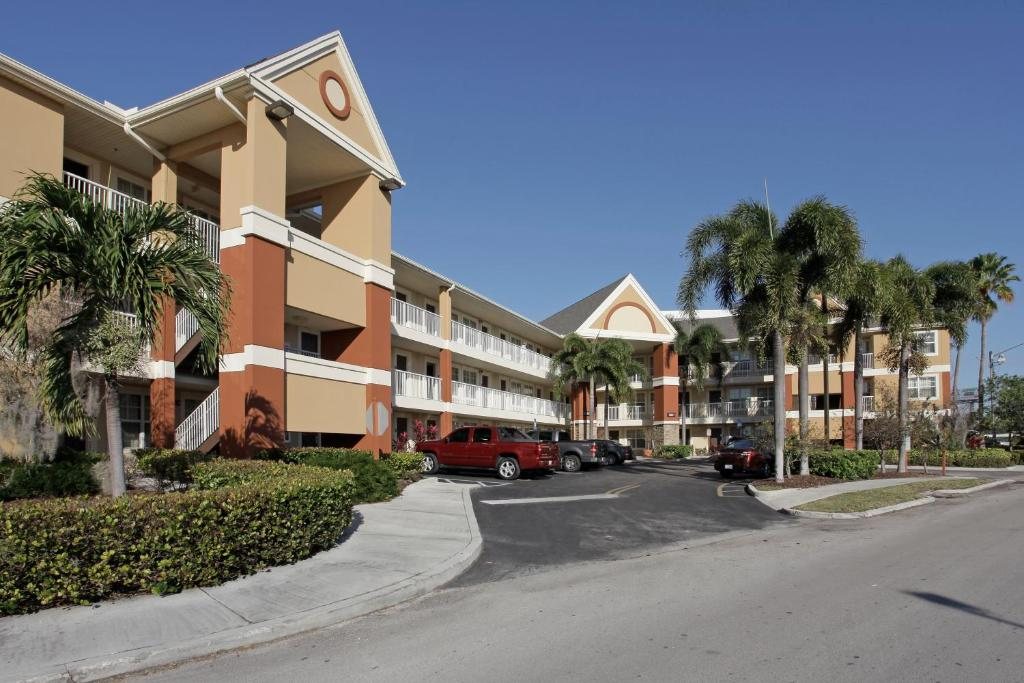 Extended Stay America Suites - Fort Lauderdale - Cypress Creek - Andrews Ave