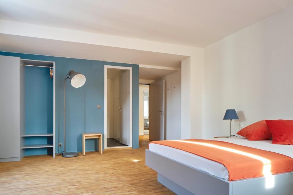 Josephine 39 s guesthouse women only z rich viamichelin for Herman s wohnzimmer 8004 zurich