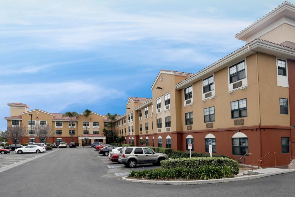 Extended Stay America Suites - Los Angeles - Woodland Hills