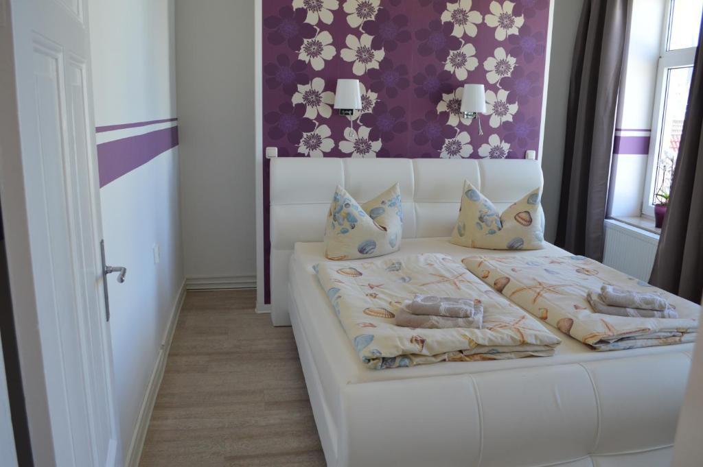 Twee linden warnem nde zentrum elmenhorst lichtenhagen for Hotel warnemunde familienzimmer