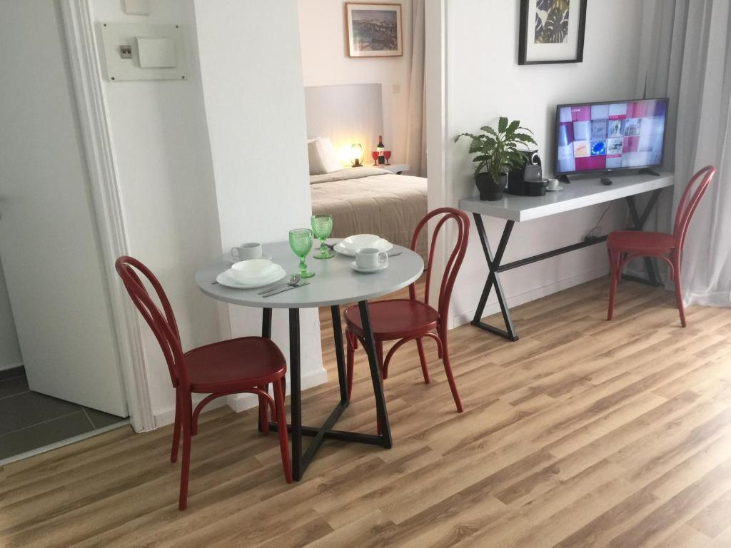 Pasithea Holiday Apartments