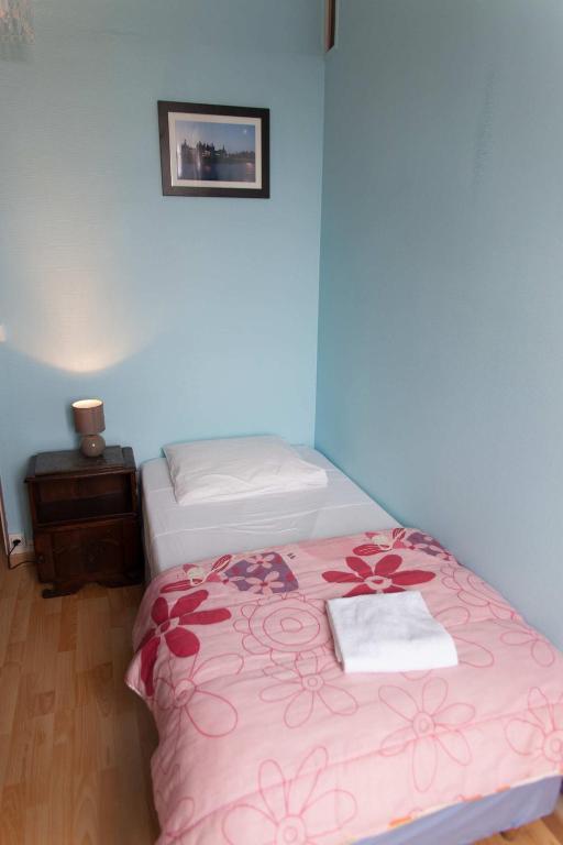 le pavillon blois viamichelin informatie en online reserveren. Black Bedroom Furniture Sets. Home Design Ideas