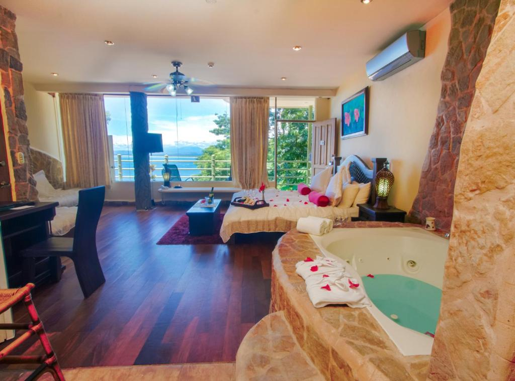 Pent-house suite with Sea View