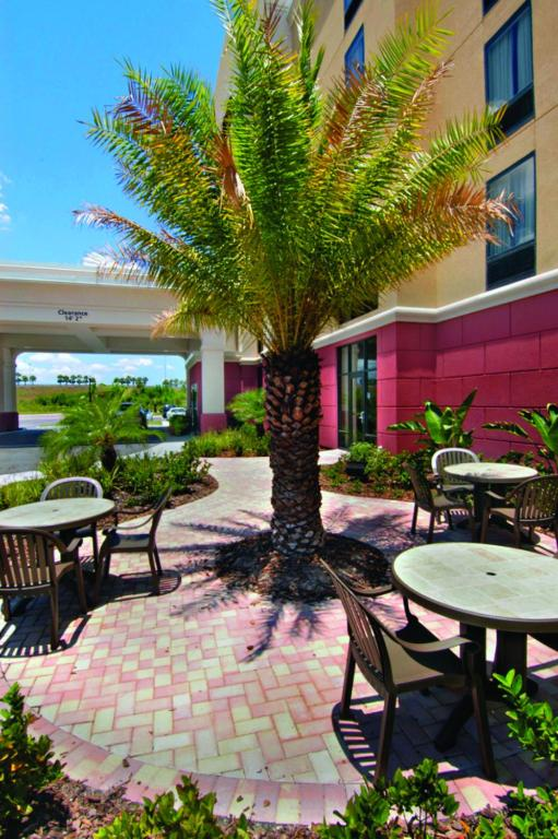 Hyatt Place Tampa/Wesley Chapel - Lutz - book your hotel with ...