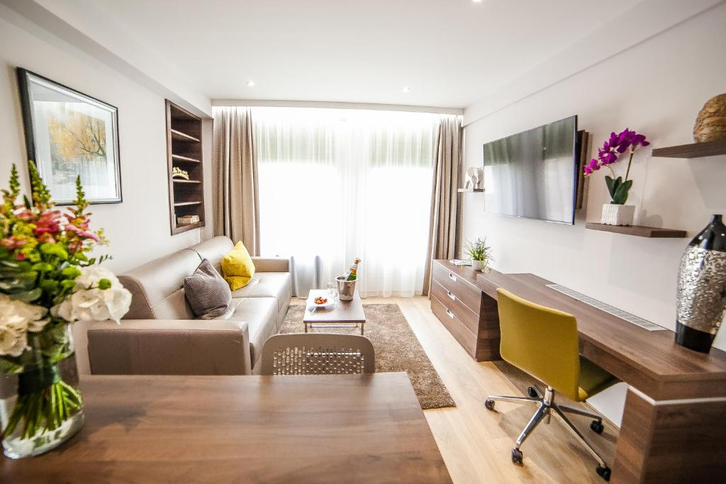 Hampton Suites Serviced Apartments