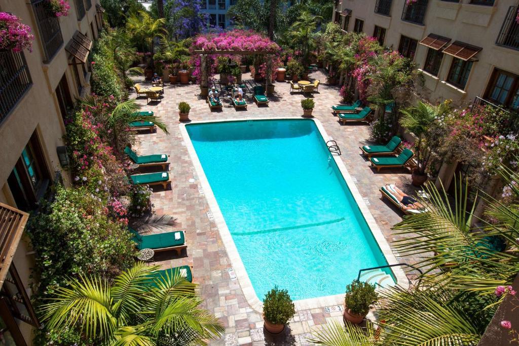 Best Western Plus Sunset Plaza Hotel Photo #88
