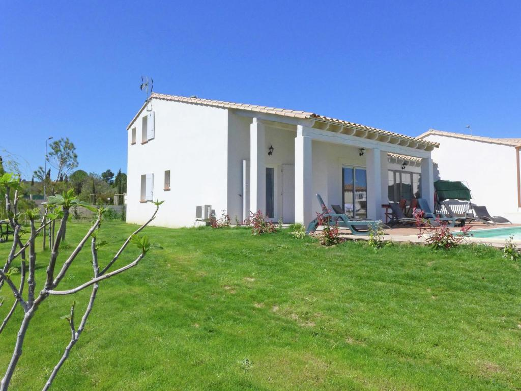 Beautiful holiday home with swimming pool in narbonne - Hotel narbonne plage avec piscine ...