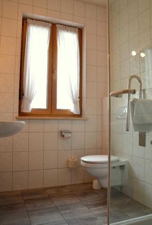 gasthof hotel esterer rosenheim reserve o seu hotel com viamichelin. Black Bedroom Furniture Sets. Home Design Ideas