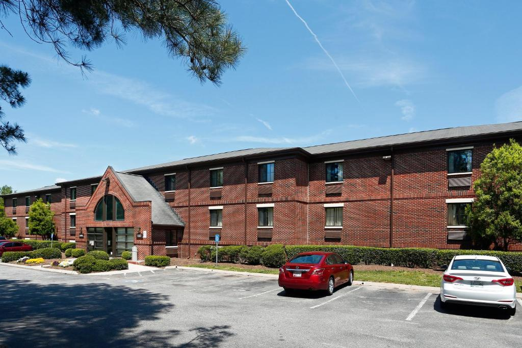 Extended Stay America Suites - Raleigh - Cary - Harrison Ave