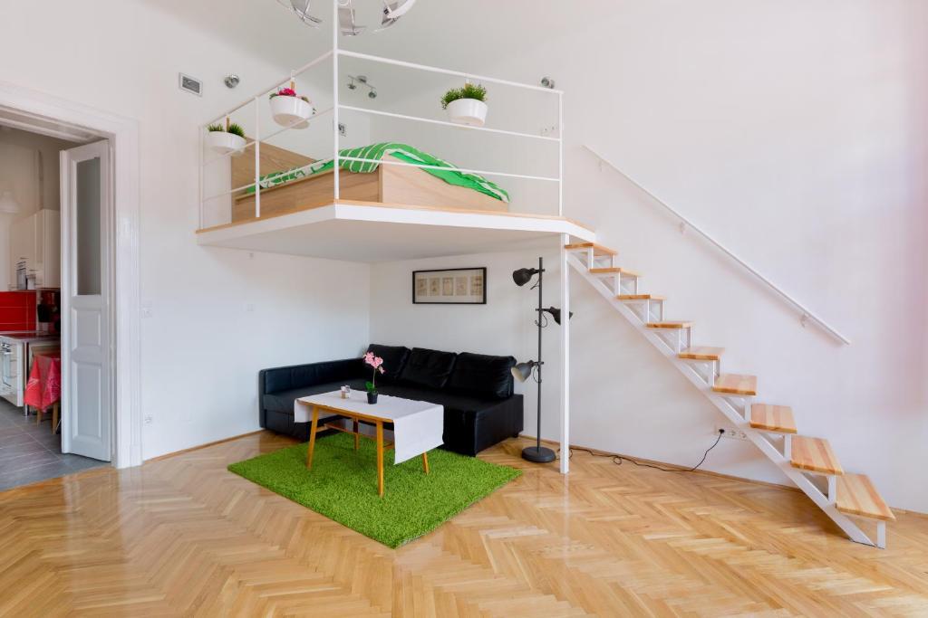 BPM-Next Stop Apartment