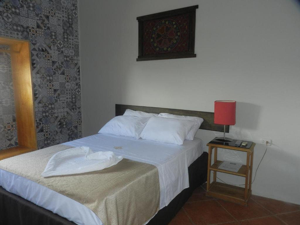 Standard Single Room El Cauchero Hotel