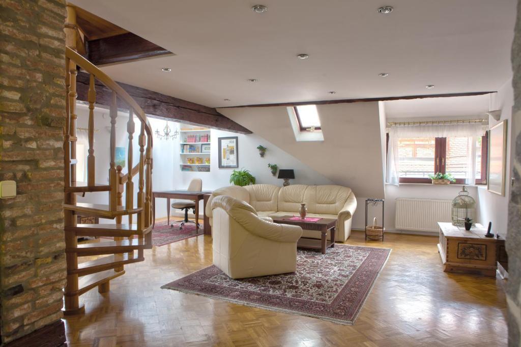 Apartment Nina Tour As