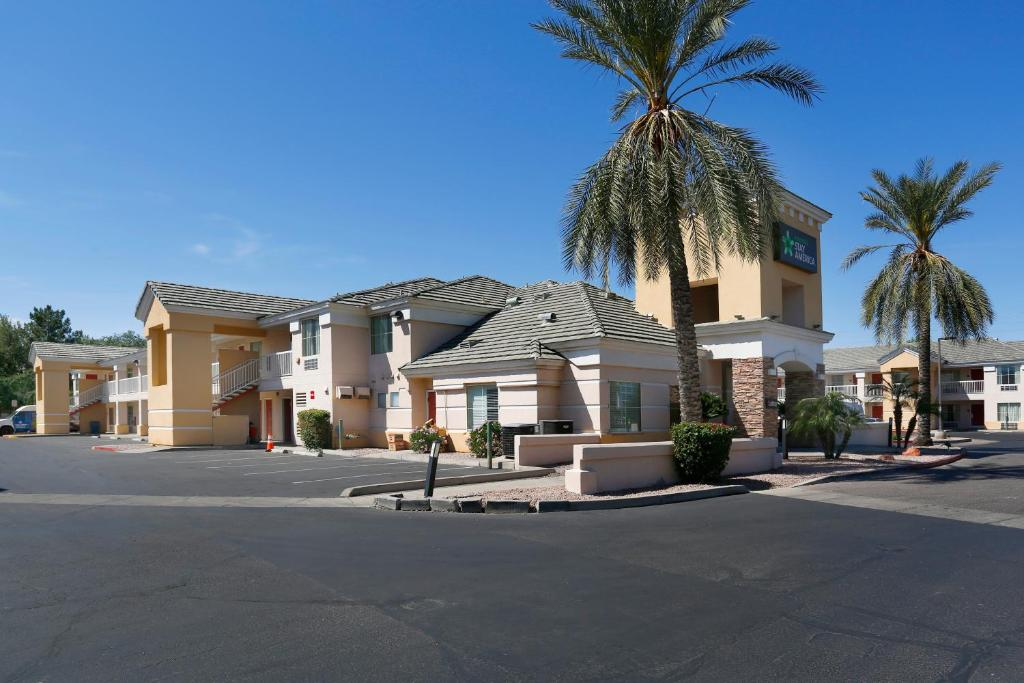 Extended Stay America Suites - Phoenix - Airport - E Oak St