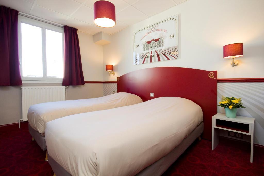 hotel des 4 soeurs burdeos reserva tu hotel con viamichelin. Black Bedroom Furniture Sets. Home Design Ideas