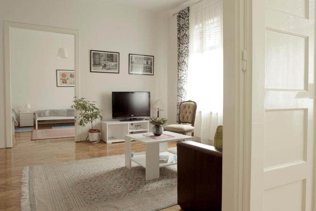 Cela Apartment