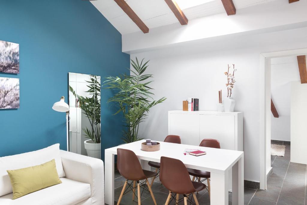 Carretas Attics Apartments